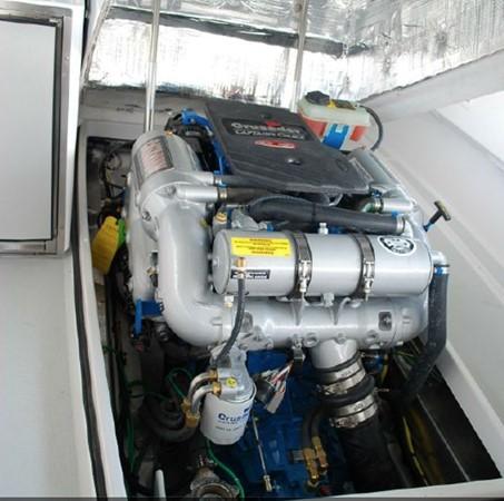 2015 Vanquish Boats  24 RA Runabout 2525442