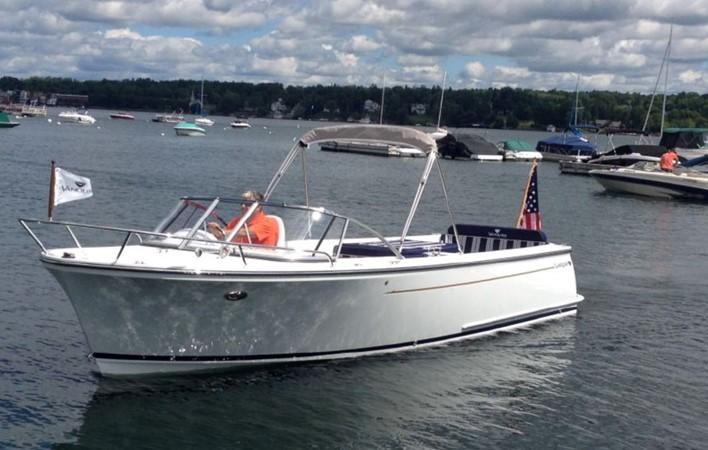 2015 Vanquish Boats  24 RA Runabout 2525672