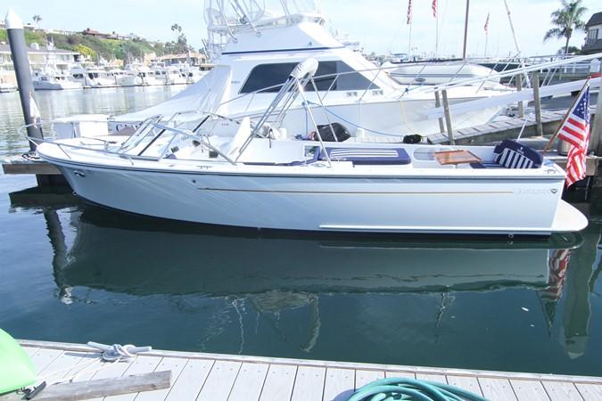 2015 Vanquish Boats  24 RA Runabout 2525674