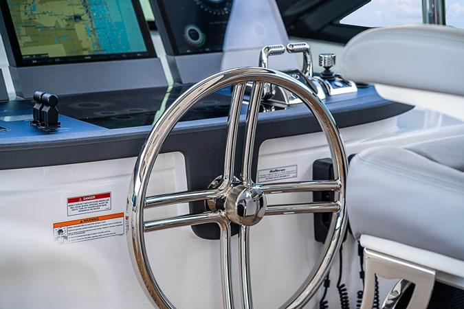 2018 HATTERAS M90 Panacera  Motor Yacht 2812599