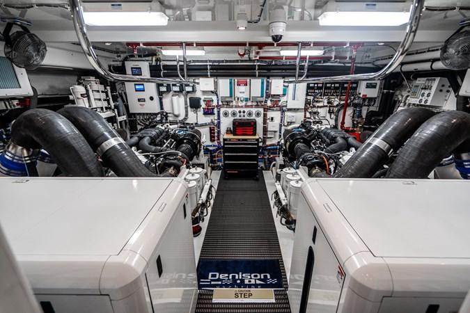 2018 HATTERAS M90 Panacera  Motor Yacht 2812608
