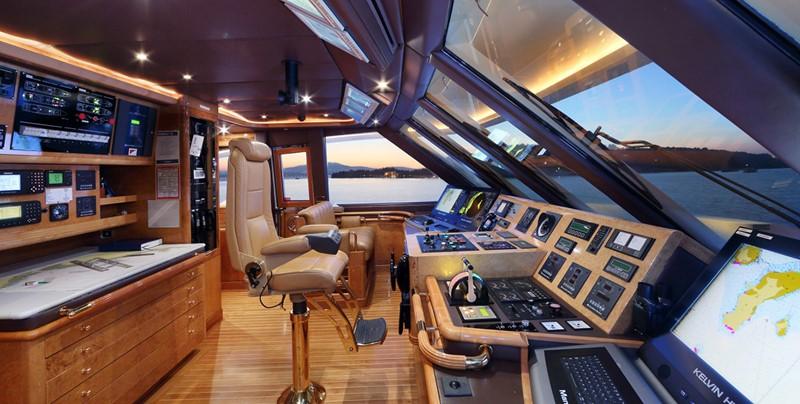 1998 CRN  Motor Yacht 2526434