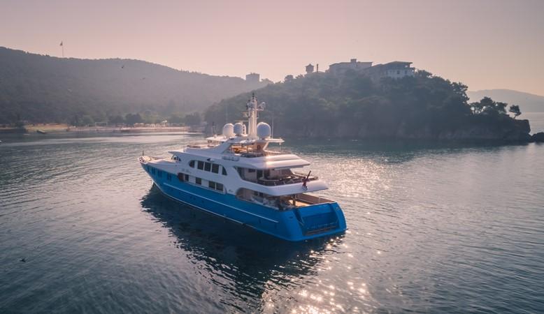 1998 CRN  Motor Yacht 2611612