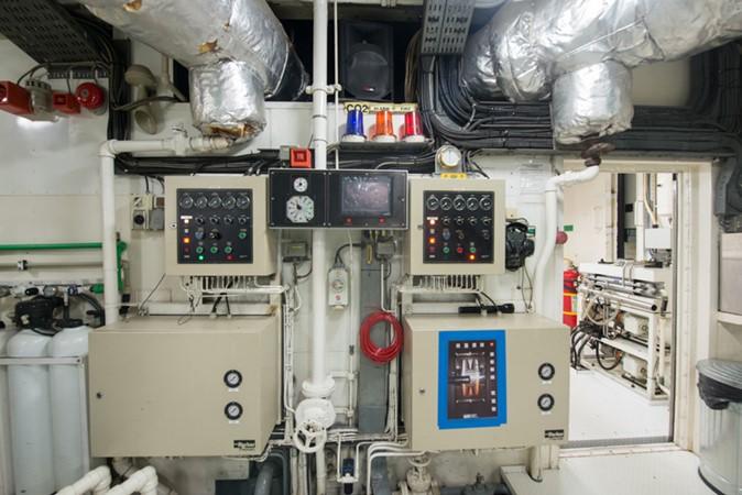 Engine Room 1957 SCHEEPSWERF SMIT  Motor Yacht 2527142