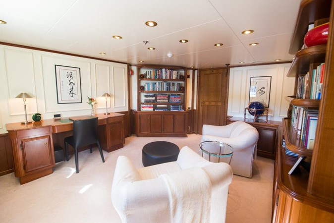 Library - Owner's Deck 1957 SCHEEPSWERF SMIT  Motor Yacht 2533112