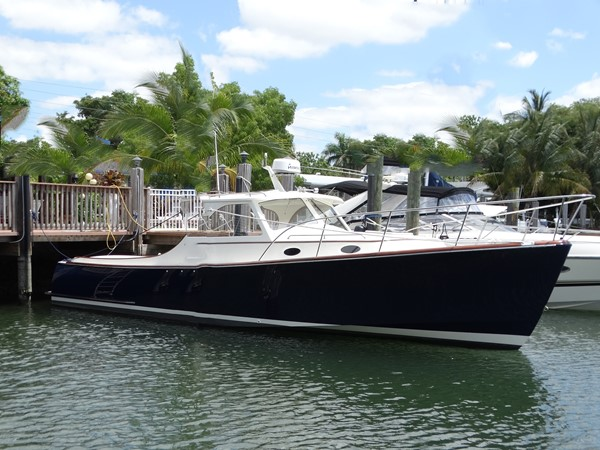 1997 HINCKLEY  Cruiser 2528815