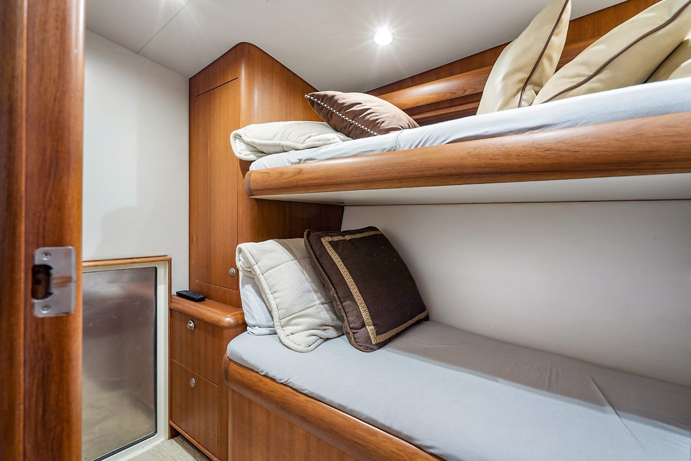 2011 F&S BOATWORKS Custom Convertible Sport Fisherman 2593997