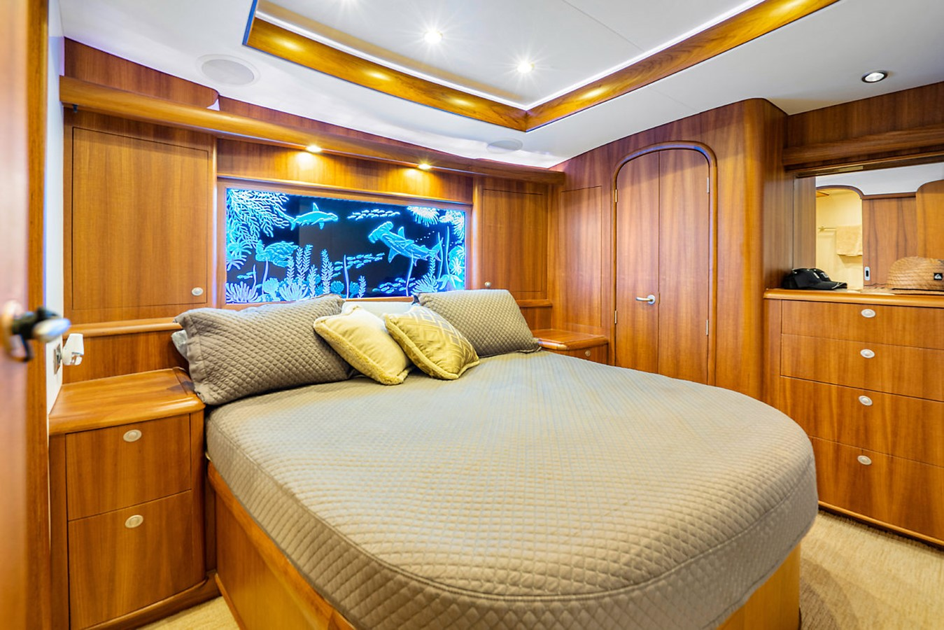2011 F&S BOATWORKS Custom Convertible Sport Fisherman 2593998