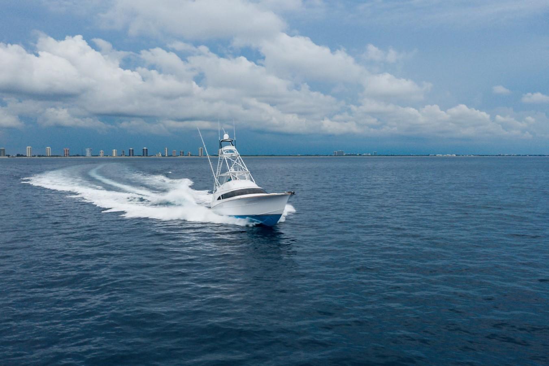 2011 F&S BOATWORKS Custom Convertible Sport Fisherman 2594015