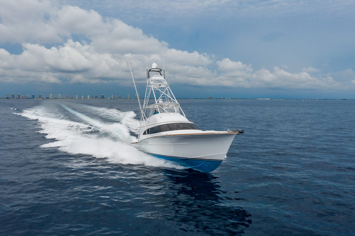 2011 F&S BOATWORKS Custom Convertible Sport Fisherman 2594020