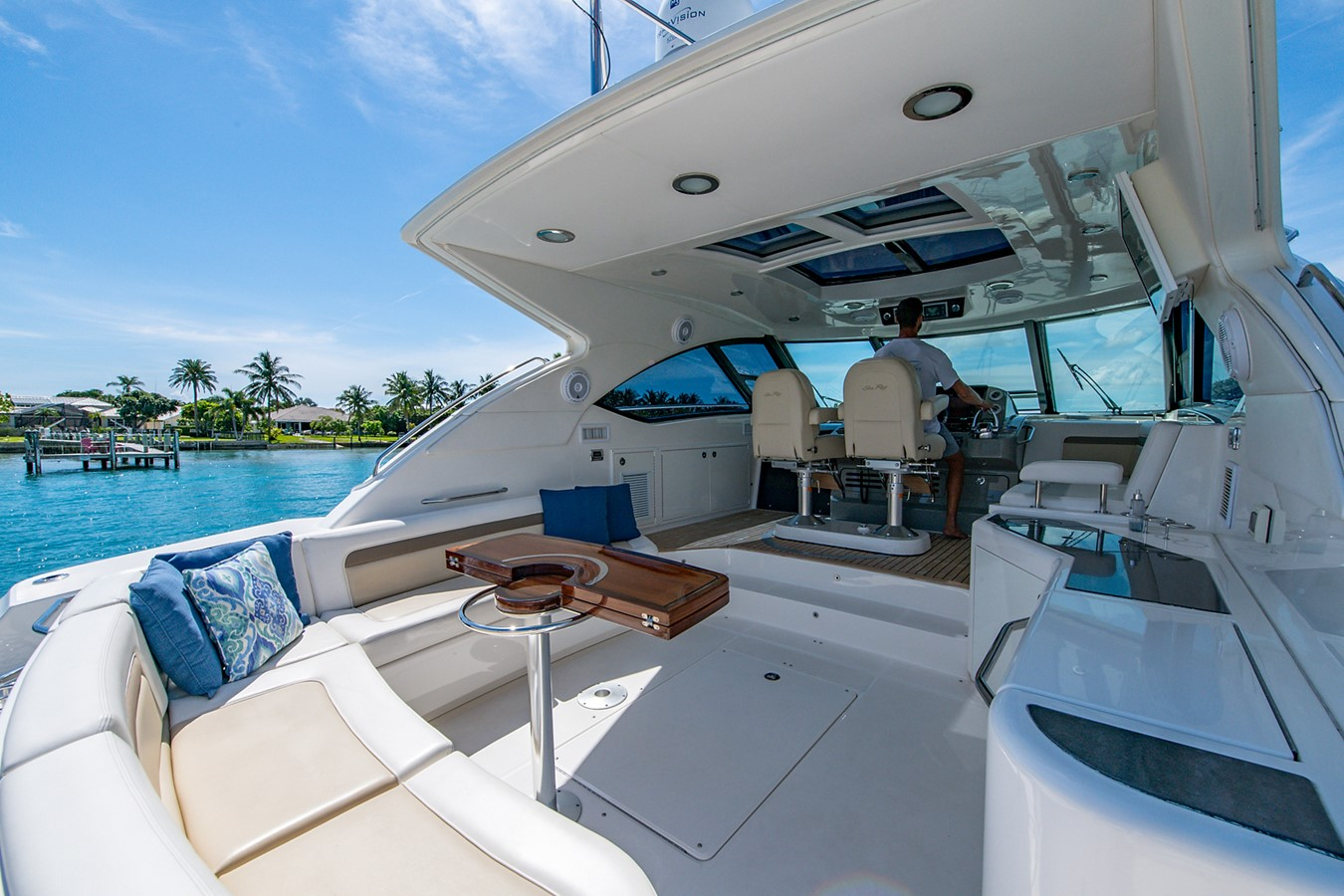 2013 SEA RAY Sundancer Motor Yacht 2531139