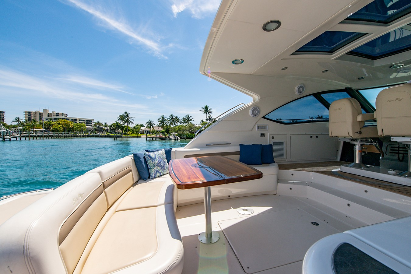 2013 SEA RAY Sundancer Motor Yacht 2531140