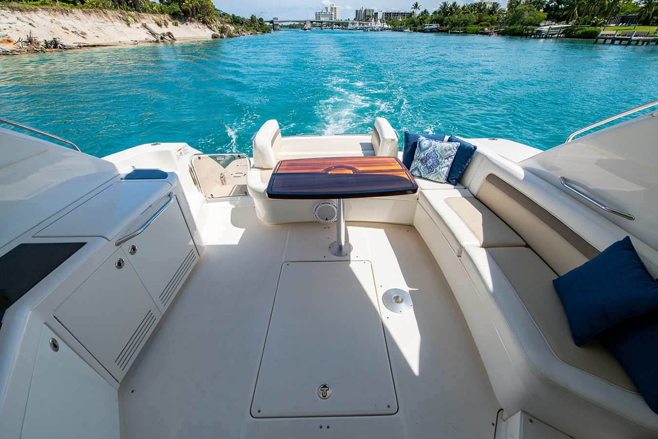 2013 SEA RAY Sundancer Motor Yacht 2531144