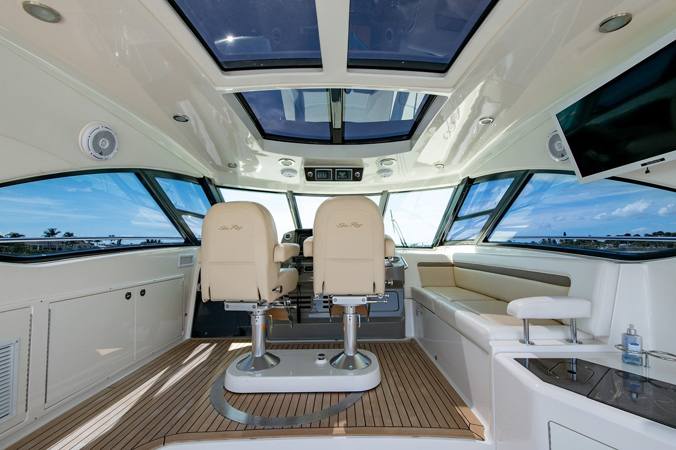 2013 SEA RAY Sundancer Motor Yacht 2531152