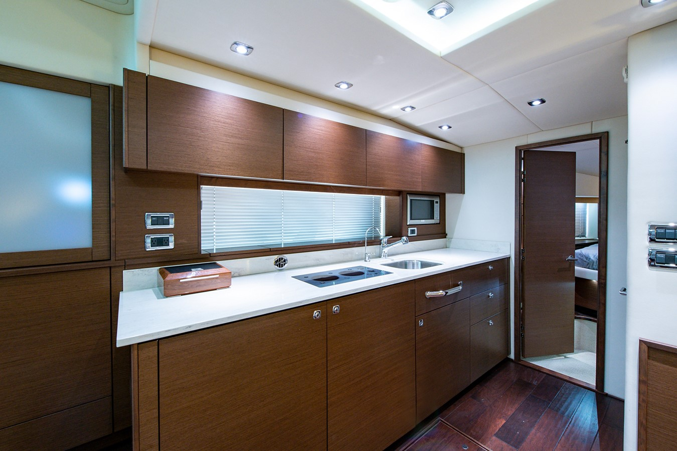 2013 SEA RAY Sundancer Motor Yacht 2531164