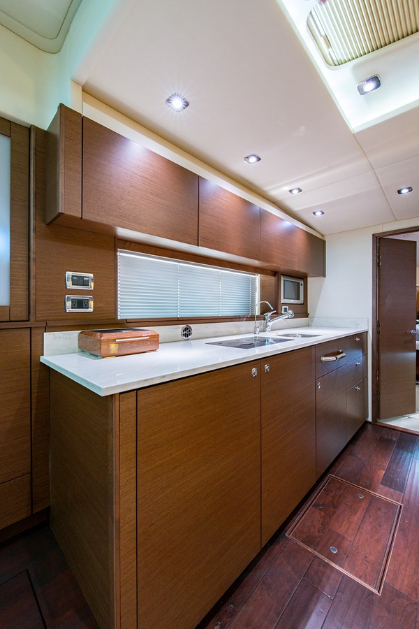 2013 SEA RAY Sundancer Motor Yacht 2531165