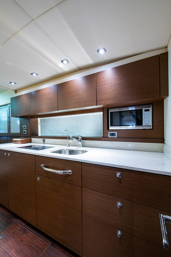 2013 SEA RAY Sundancer Motor Yacht 2531166