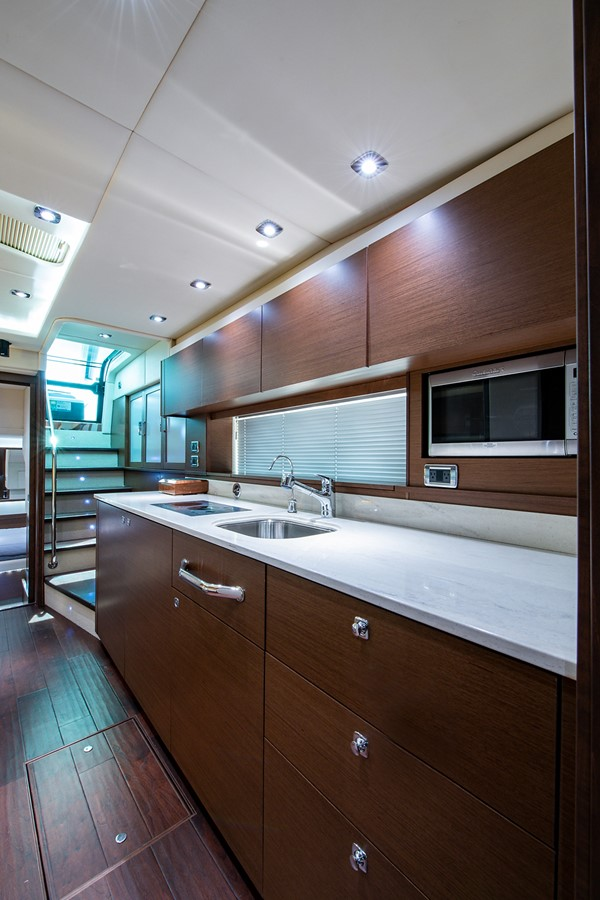 2013 SEA RAY Sundancer Motor Yacht 2531167