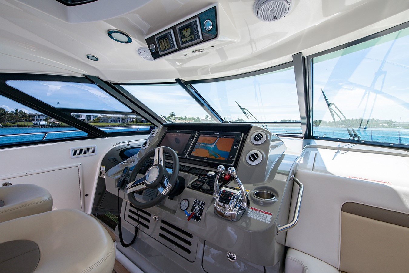 2013 SEA RAY Sundancer Motor Yacht 2531171