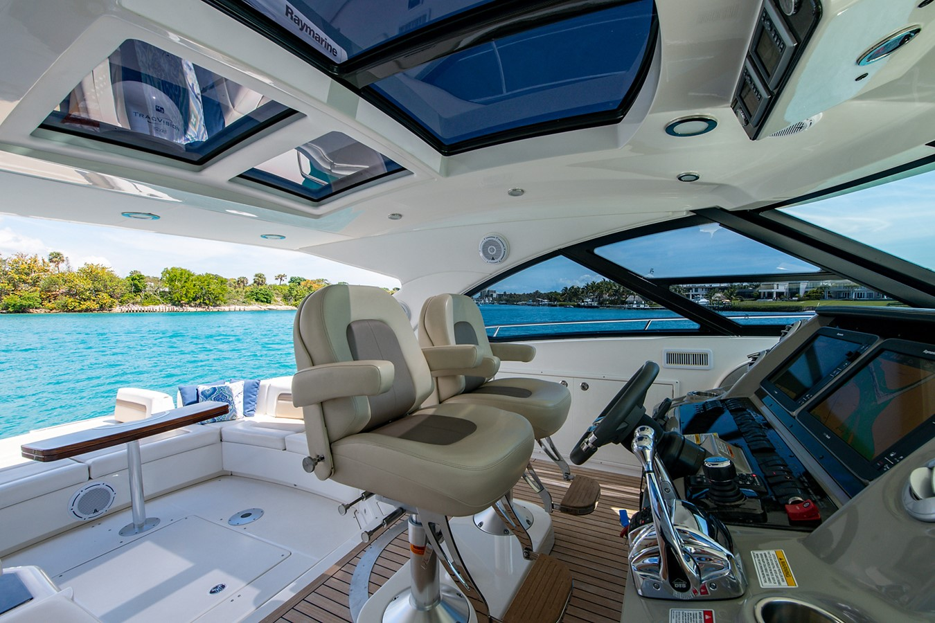 2013 SEA RAY Sundancer Motor Yacht 2531172