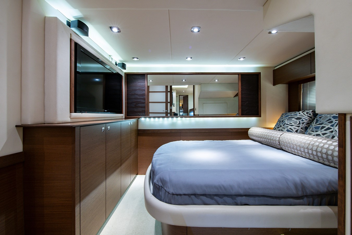 2013 SEA RAY Sundancer Motor Yacht 2531180