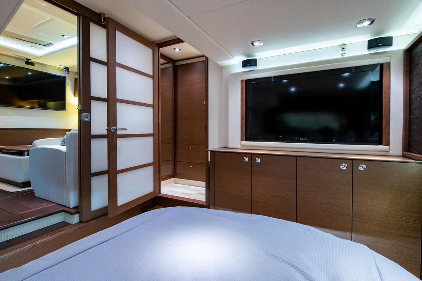 2013 SEA RAY Sundancer Motor Yacht 2531182