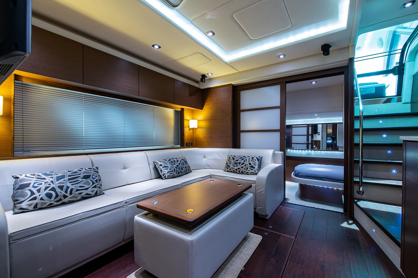 2013 SEA RAY Sundancer Motor Yacht 2531189