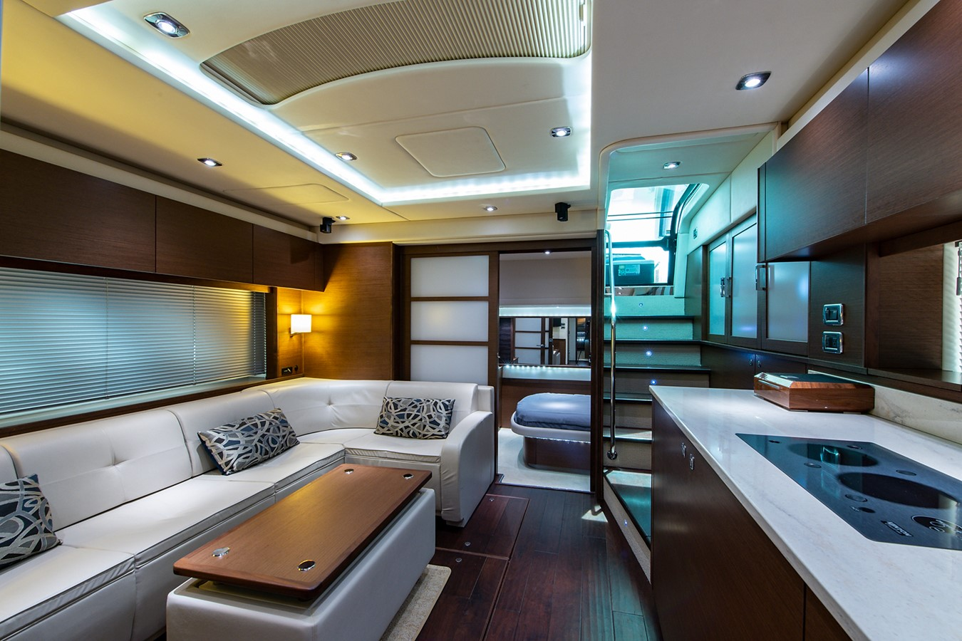 2013 SEA RAY Sundancer Motor Yacht 2531190