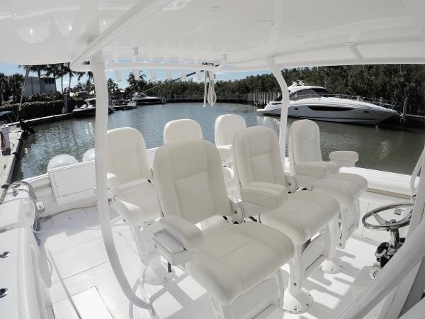 Six Stidd Helm Chairs 2014 INTREPID 475 Panacea Center Console 2531214