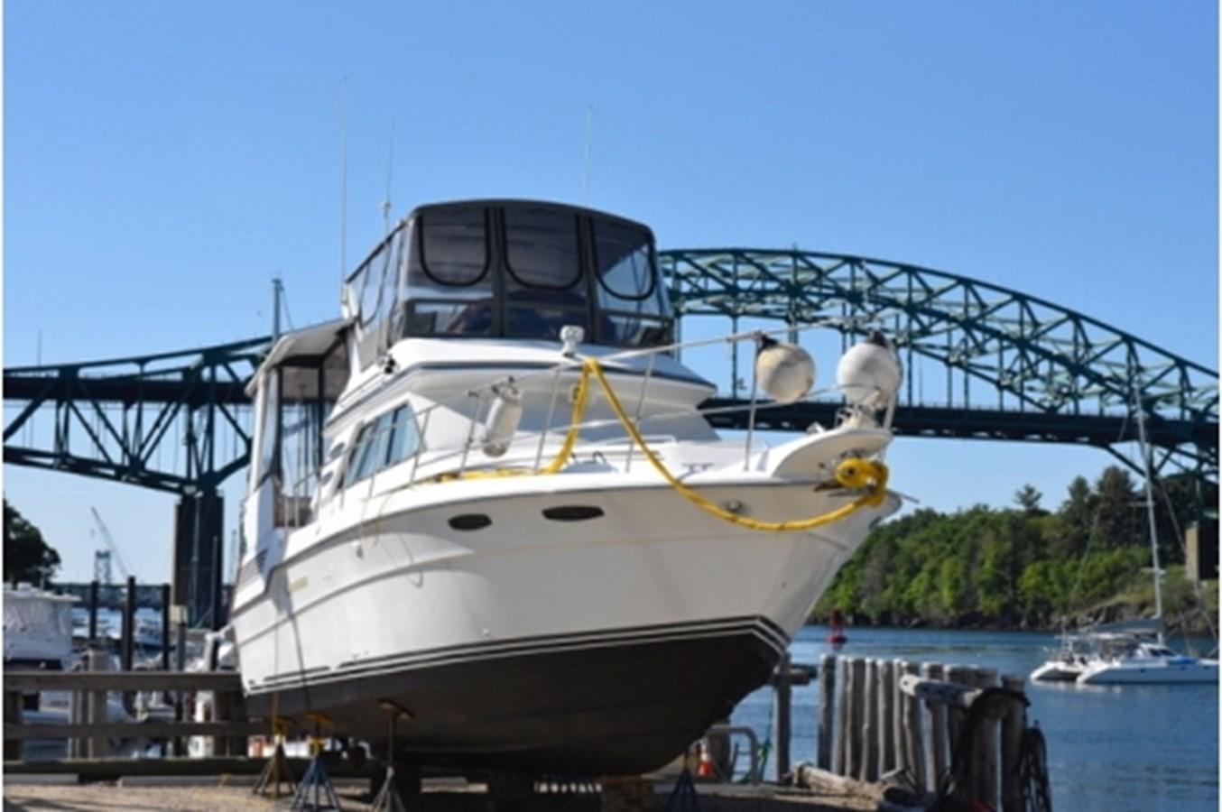 yacht_RTO2671 1988 SEA RAY Motor Yacht Motor Yacht 2538978