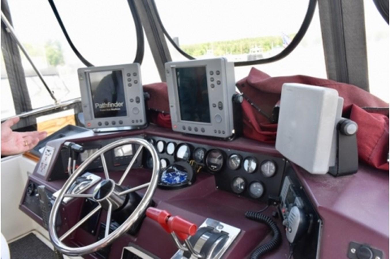 yacht_RTO2502 1988 SEA RAY Motor Yacht Motor Yacht 2538979
