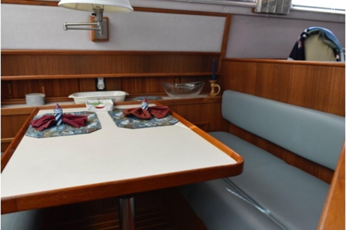 yacht_RTO2491 1988 SEA RAY Motor Yacht Motor Yacht 2539026