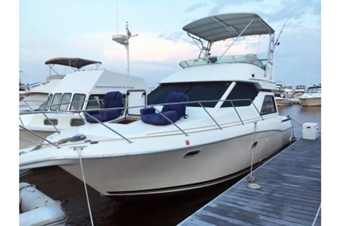 yachtIMG_7391.JPG.pagespeed.ic.W5KSNGVkL9 1998 BAYLINER 3258 Avanti Houseboat 2547021