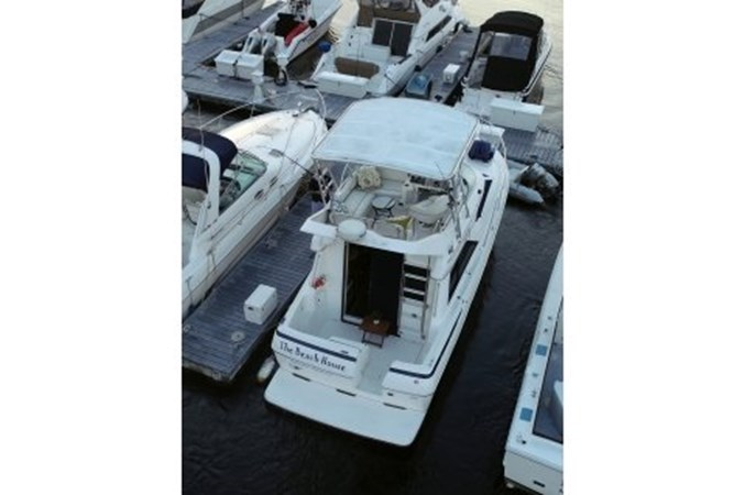yachtBH-4.jpg.pagespeed.ic.dY3C2fWIil 1998 BAYLINER 3258 Avanti Houseboat 2547024