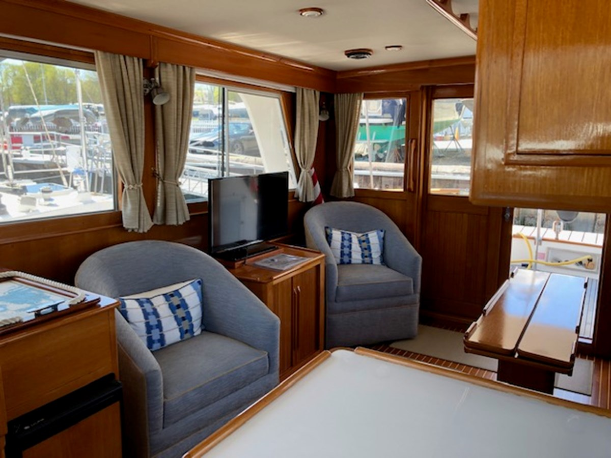IMG_7537 2002 GRAND BANKS Heritage Europa Trawler 2532860