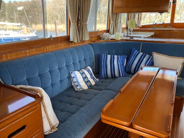 IMG_7531 2002 GRAND BANKS Heritage Europa Trawler 2532854