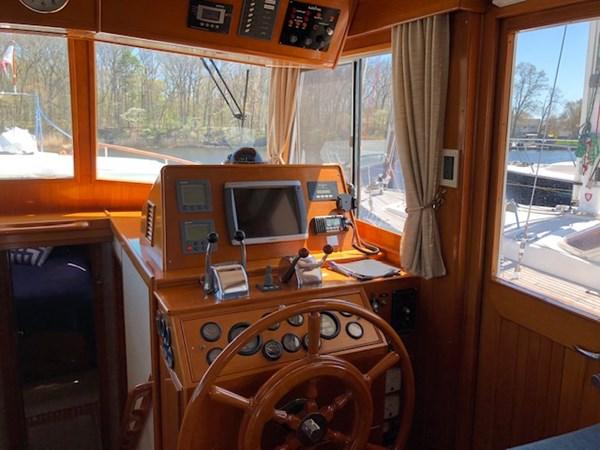 IMG_7536 2002 GRAND BANKS Heritage Europa Trawler 2532859