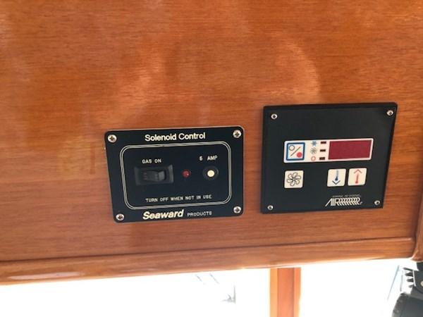 IMG_7548 2002 GRAND BANKS Heritage Europa Trawler 2532871