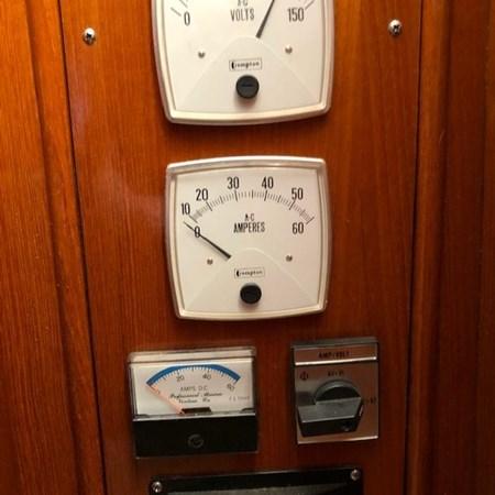 IMG_7588 2002 GRAND BANKS Heritage Europa Trawler 2532911