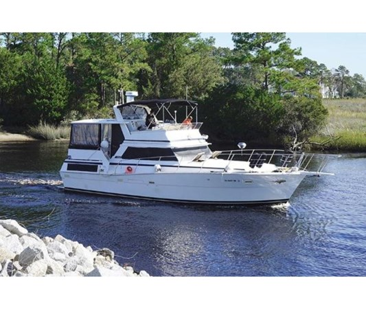 Starboard View 1980 VIKING 43 DCMY Motor Yacht 2533939