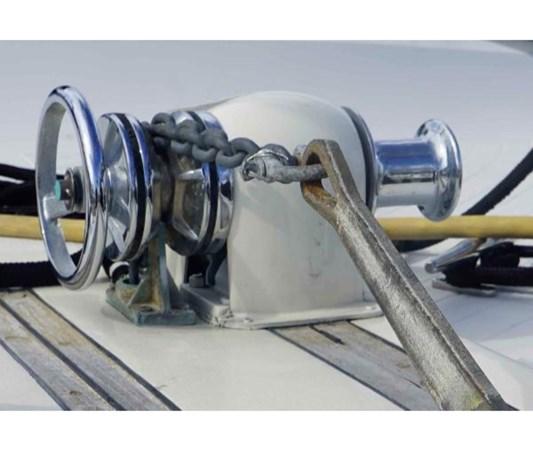 76859728_20181022114412017_1_LARGE 1980 VIKING 43 DCMY Motor Yacht 2533982