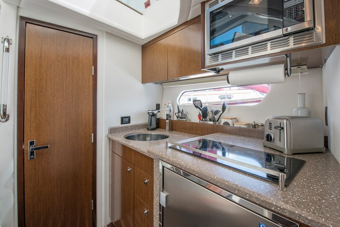 Galley 2013 Cruisers Yachts 41 Cantius Cruiser 2536548