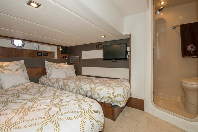 Guest Stateroom 2013 Cruisers Yachts 41 Cantius Cruiser 2536565