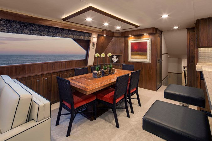 R-Viking 92 Dining 2020 VIKING 92 Enclosed Skybridge  Sport Fisherman 2537945