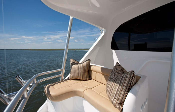ZK8N4418 2020 VIKING 92 Enclosed Skybridge  Sport Fisherman 2537950