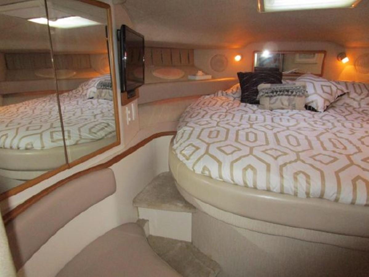 1996 SEA RAY 400 Express Cruiser Cruiser 2538334