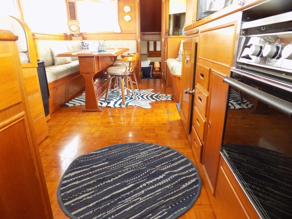 1990 GRAND BANKS 42 Classic Trawler 2538655