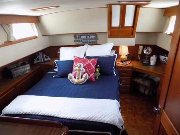 1990 GRAND BANKS 42 Classic Trawler 2538661