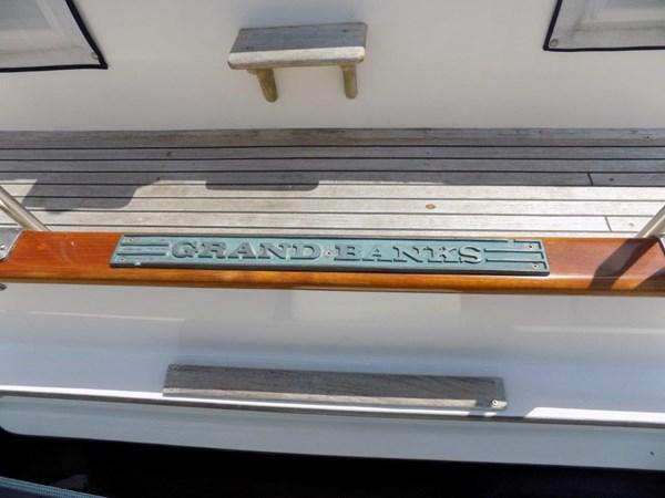 1990 GRAND BANKS 42 Classic Trawler 2538672