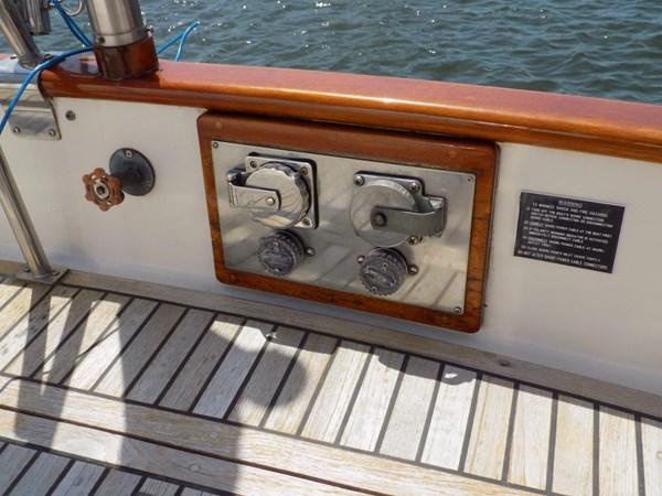 1990 GRAND BANKS 42 Classic Trawler 2538673
